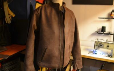 Detailansicht für Jacke aus handgeschliffenem Rindleder dunkelbraun